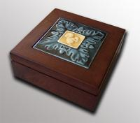 Deluxe Rosewood Box with Squirrel & Acorn